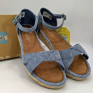 TOMS Youth Girl's Blue Slub Chambray Cotton Twill